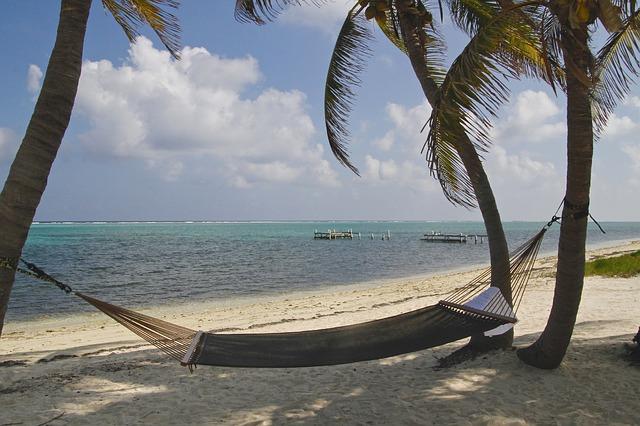 cayman-island-896973_640