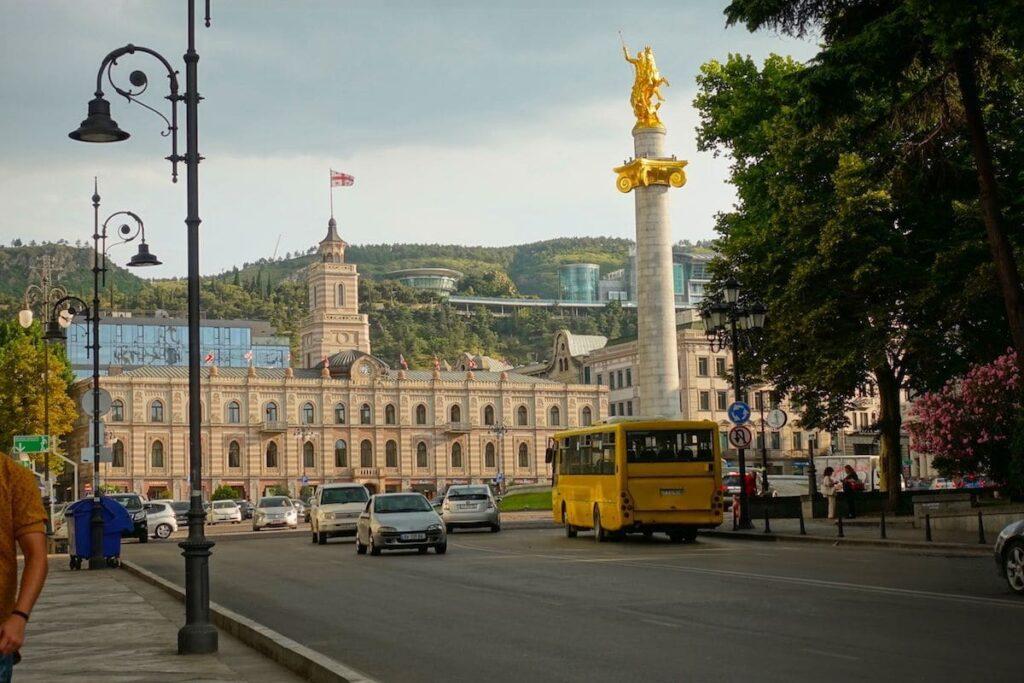 georgien hauptstadt tiflis freedom square