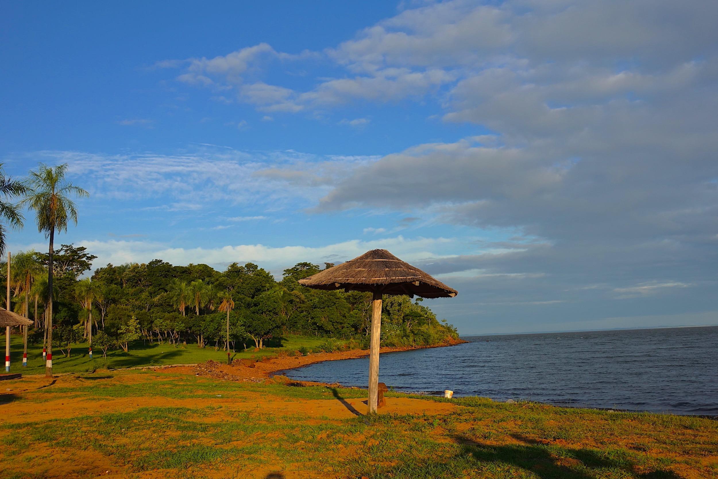 Nach Paraguay Auswandern Mit Grundstücken Wie Am Meer
